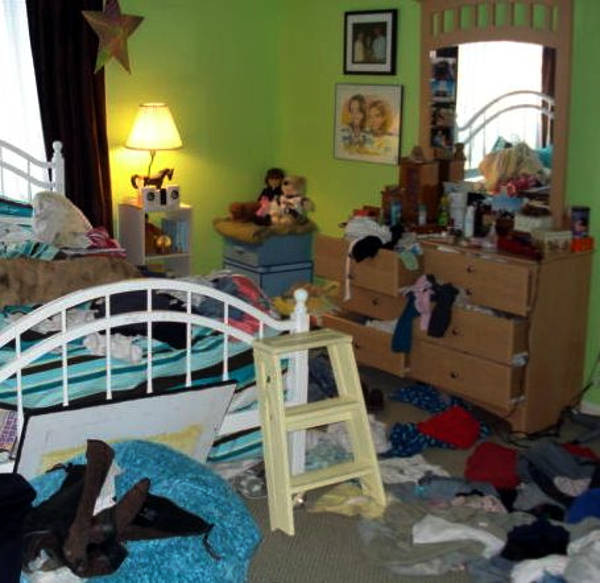 Messy room - using pictures to write fiction